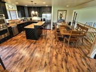 Luxury New Townhome; Gourmet Kitchen & Hot Tub