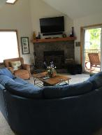 Hummingbird Mnt. Retreat, 3 BR/2BA