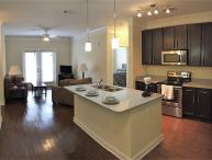 New Cranberry Luxury 1 and 2 Bedroom Apartments