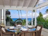 Luxury 3 Bed Penthouse Apartment near Beach