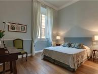 2 bedroom Apartment in Florence, Tuscany, Florence, Italy : ref 2300989