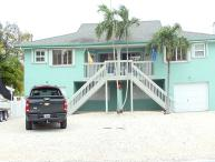 Beautiful 3 Bedroom Duck Key Duplex