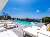 Hollywood Pearl, Sleeps 8