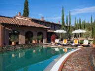 Villa with 11 bedrooms with private pool, A/C and large garden. Villa Etrusca!