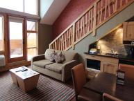 Banff Fox Hotel & Suites Premium 1 Bedroom + Loft Suite