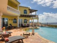 Beautiful 4 Bedroom Villa in Sandy Hill
