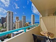 Ocean View Penthouse Studio by the Beach w/ Lanai