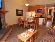 Banff Hidden Ridge Resort 1 Bedroom + Loft Condo (3 Queens)
