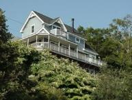 Bayside Sunshine Cottage with Water Views Sleeps 6