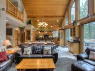 Deerfield Lodge - 5 Bedroom - Exceptional Lodge Style Home - Great Location!