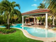 4 Bedroom Villa close to Bavaro Beach in Cocotal Golf & Country Club, sleeps 8