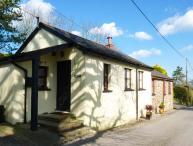 LOGANS, single-storey, detached barn conversion, woodburner, dog-friendly, in Parkham, Bideford, Ref 933542