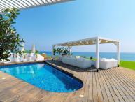 PRAN35 Beachfront Dream Villa