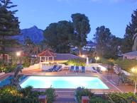 LUXURY HIGH STANDARD VILLA PUERT BANUS HEATED POOL