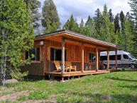 Mini-Moose Cabin - 10-minutes to Yellowstone Park!