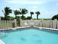 ** Oceanfront, 25 Steps to Beach, Gorgeous! **