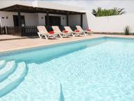 Villa in Playa Blanca- Walking distance to beach, Air Con, WiFi LVC228143