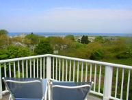BERNJ - Menemsha Sea Coast Cottage, Gorgeous Waterviews, Walk to Menemsha