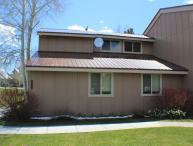 Pines 4032 is a conveniently located golf vacation condo in Pagosa Springs.