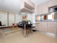 Contemporary 1 Bedroom Apartment in Las Condes