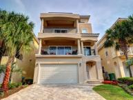 The Ideal Beach Home in Miramar Beach ~ Private Beach Access and Community Pool