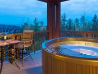 Kicking Horse Palliser Lodge 2 Bedroom Condo with Private Hot Tub