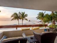 Villa Vista del Mar (5100) - Private Corner Unit, Residencias Reef, Building 1