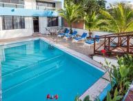 Villa Princesa - 7 Bedrooms, Oceanfront, Bike Path to Town