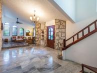Casa Ana - Vaulted Ceilings, Convenient Location