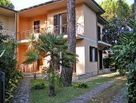4 bedroom Villa in Marina Pietrasanta, Versilia, Italy : ref 2013556