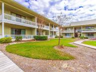 Fantastic Beach Condo in Seagrove Beach ~ Loacted Close to Shops & Restaurants