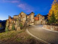 Stunning Peak 8 Home w/ luxe amenities: walk to slopes, hot tub, theater room