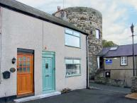JASMIN COTTAGE, pet friendly, luxury holiday cottage, with a garden in Conwy, Ref 939030