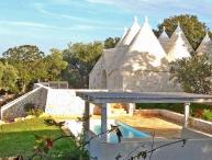 3 bedroom Villa in Cisternino, Puglia, Italy : ref 2226466