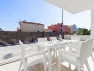 Apartment in villa woth pool, Vodice
