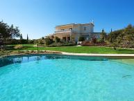 3 bedroom Villa in Carvoeiro, Algarve, Portugal : ref 2249198