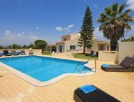 6 bedroom Villa in Carvoeiro, Algarve, Portugal : ref 2291351