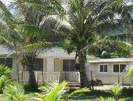 Coconut Beach Cottage - w/ BBQ, steps to beach