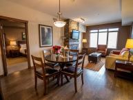Canmore Stoneridge Mountain Resort Luxury Condo with 2 King Bedrooms