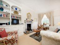 Cosy apartment in a Cherry Tree lined street- Notting Hill