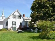 The Robert House: 4 bedroom Rockport village house, sleeps 7