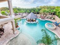The Splash: Luxurious 8 Bedroom Home, HUGE Lagoon Pool W/Swim Up Bar