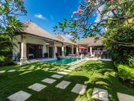 3 bedroom Villa Rama - Central Seminyak
