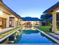 5 Bedrooms-  Villa Darma - Central Seminyak