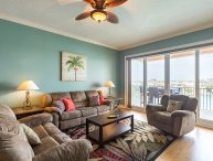 3 bed with water views & pool in Clearwater Beach!
