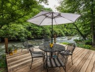 River s Edge - Great Cartecay River Cabin!
