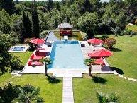 Exceptional and Zen 6 Bedroom Villa Located in Aix en Provence