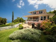 Beautiful Views, Beautiful Home, Beautiful Grounds! Hale Pu'ulani