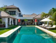 Luxury 1, 3BR Waterfront Villa, Nusa Dua;