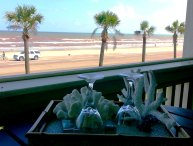 1 bdrm; Gorgeous OCEAN AND BEACH VIEW FROM BALCONY; Hot Spa and Swimming Pools!